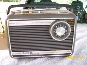 307. Luxor//Radio, transistor. Typ: FM Selektomat Turist B 4768. Fotonr: 100_3617