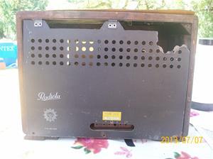 690. Radiola 355. Nummer:? Batteridriven. 101_0273