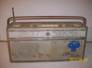 730. Luxor//Radio BT 495. Serie 1, nr: 122-23. Transistorradio. 101_0345