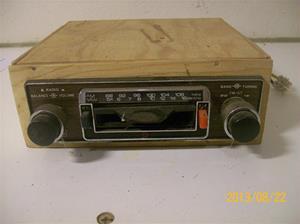 749. EMI, modell ? Bilstereo med cassettedel. Tillv: Japan. Nr: 414120. 101_0392