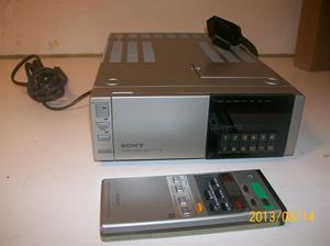 703. Sony Betamax Tuner timer unit, TT F1E. Nr. 803333. Tillv. år: 1981. 101_0308