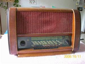 267. Luxor//Radio, rörmottagare. Typ: 68 L. Nr: 20750. Fotnr: 100_2265