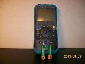 818. Tektronix mätinstrument. TX1 True RMS Multimeter. Nr.TS E 1003153. 101_0530