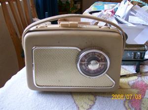 140. Philips transistorradio. Typ: LD 3401 Z - 62. Nummer: 3359 (8359). Fotonr: 100_1260. Inlagt på webben 2014 06 05.