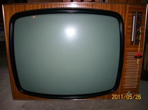 564. Monark, television. Typ: 471. Nr: ? Fotonr: 100_8318