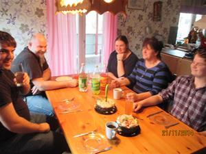 Den mycket trevliga stunden hos Susanne och Jonny med familj. IMG_0637