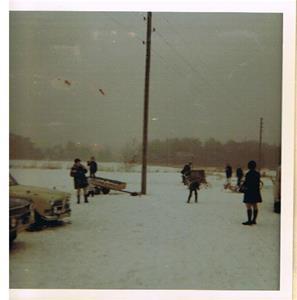 Snöbollskrig i slutet på 60-talet pa Leilgardn.