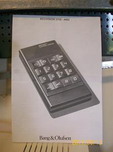 549. Bang & Olufsen, instruktionsbok. Typ: Beovision 3702-4402. Nr: 3503154. Tillv.år: 1976/Danmark. Info: Se nr 547, TV.n. Fotonr: 100_8211