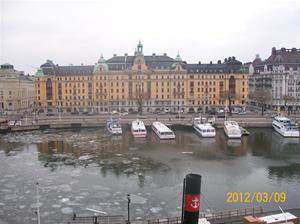 2012 03 08. Utsikt från vårt hotellrum, tvärs över Nybroviken.