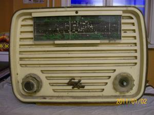 475. Luxor//Radio, rörmottagare. Typ: Colibri. Nr: 439687. Fotonr: 100_7549