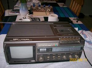 253. Otake, color-Tv-Radio-cassette-recorder. Typ: FärgTV, NE-7725 EX. Nr: 268355 F2-08. Fotnr: 100_2181