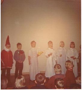 Skolavslutning till jul i Näs Byggdegård 1969-70 nån gång