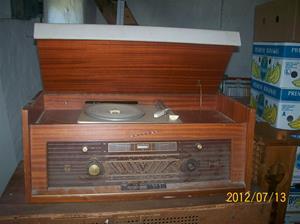 583. Philips, radiogrammofon. Typ: H5S 04A. Nr: 119189. Fotonr: 100_9337