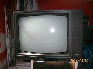 864. Goldstar, Tv-apparat. Typ: CBT-9528. Nr: Kc 80900580. Fotonr: 101_0623