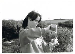 Lynn vid korvgrillning på Näsudden ca 1990.