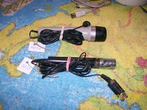 203. Microfoner tillhörande nr 202. Märkta: RB 1A och RB 1B. Fotonr: 100_1340