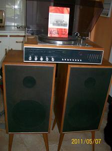 542. AGA, radiogrammofon stereo. Typ: Symfoni 9865. Nr: 300 191 349. Fotonr: 100_8183