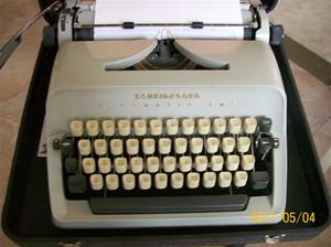 524. Scheidegger, skrivmaskin. Typ: Typomatic TMS. Nr: ? Tyskland. Fotonr: 100_8150