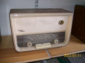 569. Luxor//Radio, rörmottagare. Typ: Melodi. Nr: 581150. Fotonr: 100_9314