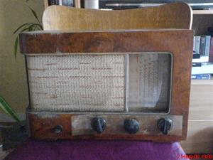 230. Luxor//Radio, rörmottagare. Typ: 52W. Nr: 86065. Mobilfoto K750i nr: 056.