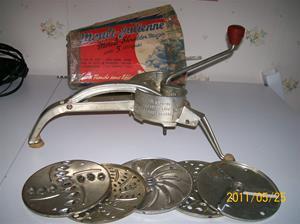 561. Mouli-Julienne No.2. Typ. Mouli-shredder Major. Nr: ? Fotonr: 100_8279