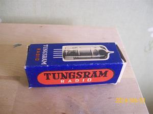 833. Såld. Radiorör, Tungsram Radio. Typ: EF 89 Philips. Fotonr: 101_0573. Normalt sett registrerar jag inte enstaka rör då jag har massor av dylika, även nya i originalförpackning.
