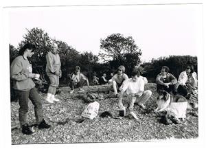 Korvgrillning på Näsudden ca 1990. Nästan allihopa.