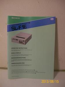 709. Sony instruktionsbok för Betamax SL-F1E. Nummer 3-783-868-11 (3) på flera språk. Tillv. år 1981. 101_0313