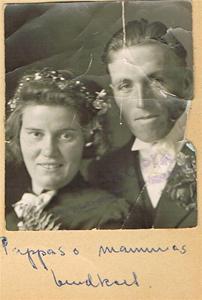 Mor och fars bröllopsfoto 001