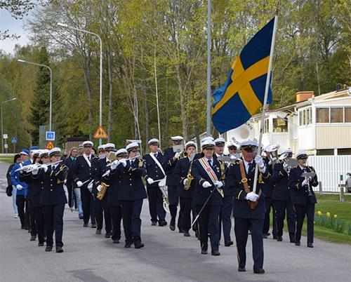 Första maj 2014 överst Hällekis kuriren