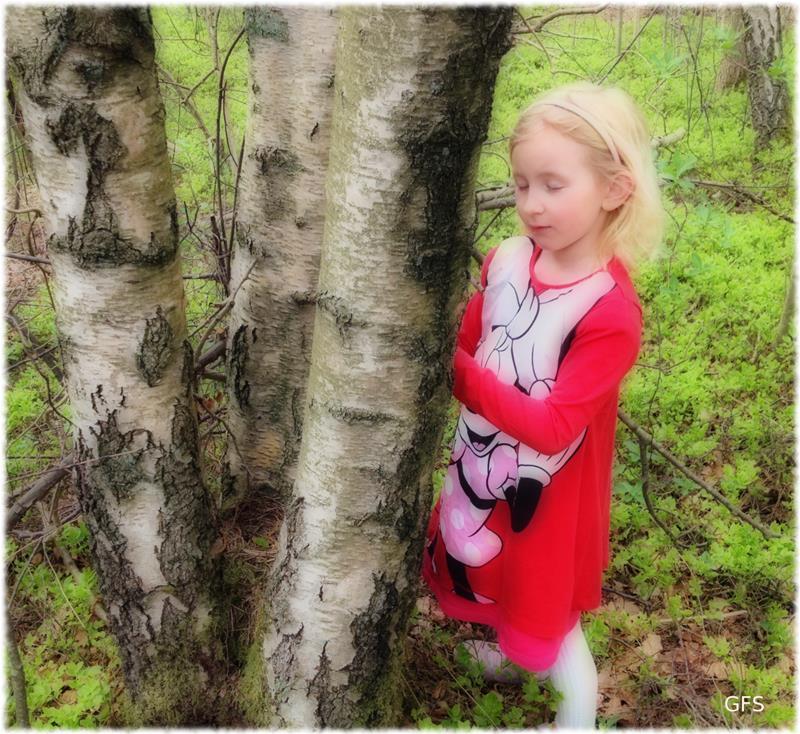 Astrid i vårskogen