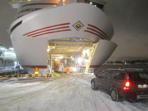 1. Blixtinkallade direkt från Birka till Cinderella pga snöstormen på onsdagen.