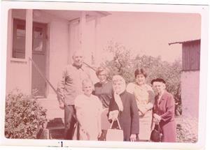 10.För identifieringen av personerna på bilden har jag fått hjälp av Joacim Rangenheim. Längst fram från vänster: