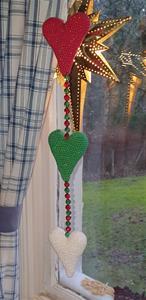 jul hjärtan på tråd