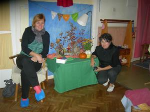 Zdenka (till vänster) och Dagmar i Waldorffs förskola Linden i Örebro