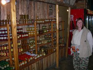 Camilla i matbutiken på väg mot Kruger