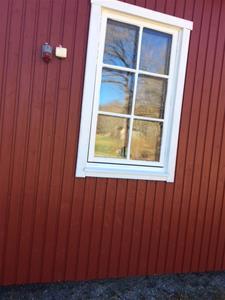 180421 Foder runt köksfönster