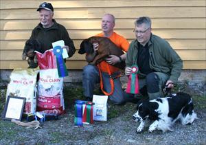 De tre bästa hundarna från spårningen i Aremark Norge