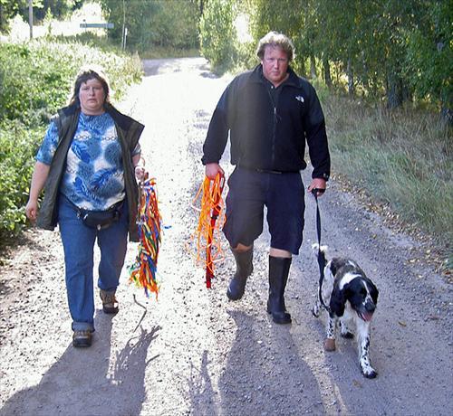 Andras Isak och Susanne återvänder efter Isaks spår