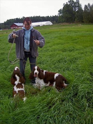 Annette Buske med Milla och Freddie innan fält arbetet för Milla börjar