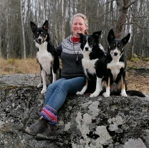 Jennie med hundar