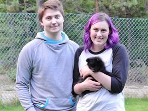 Xenia flyttar till Michelle och Philip.