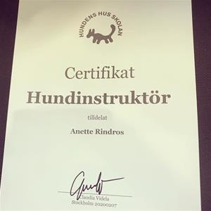 Diplom certifikat Hundinstruktör utbildning 2020