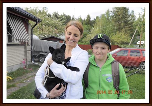 2014-05-28 Carin & Don Staudte med familj  & Kolmossens Black Queen  Diana