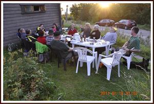 2011-08-13 Svarthundsträff i Rättvik: Ätit färdigt