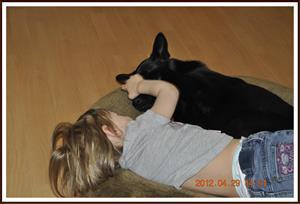 2012-04-29 Kaxa & Tess Nu har du kramat mig