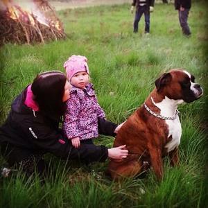 Elle & Maggie & Pongo