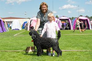BIS-Barn med hund