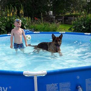 Noel och Ånga i badet
