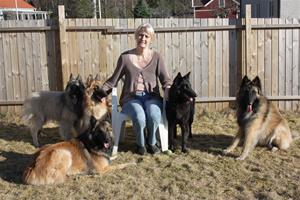 C:UsersViviVivis mapp2-03-25 jag och hundarnajag och hundarna 043